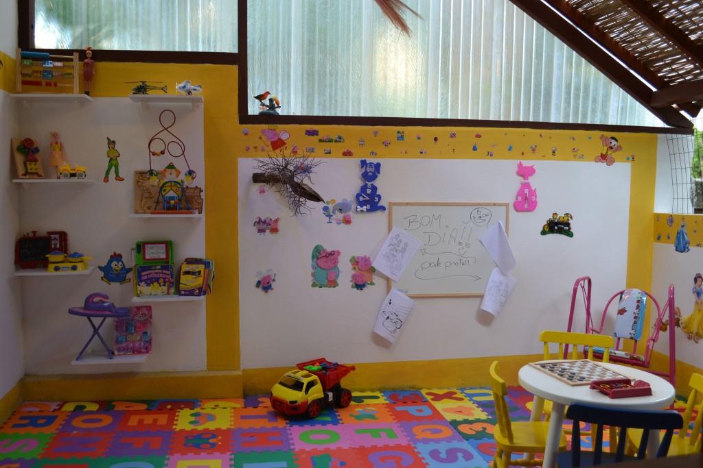 Inauguração da brinquedoteca Pousada Arraial Candeia na Bahia